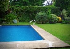 swimming-pool-1224450-1920x1440 - Copy